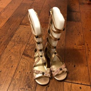 Size 3 Rose Gold Gladiators